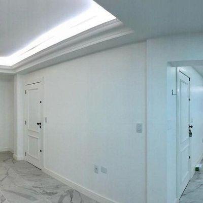 Ótima Sala Comercial - Quadra Mar + 66 m² - Centro - Balneário Camboriú/SC