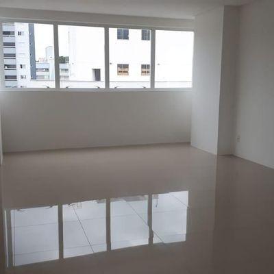 Ótima Sala Comercial - 46 m² - Pioneiros - Balneário Camboriú/SC