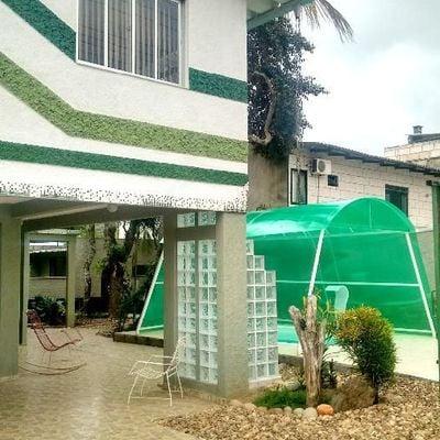 Excelente Casa c/ Piscina -  3 Dormitórios - MOBILIADA - Bairro São Vicente -  Itajaí/SC
