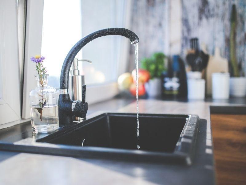 Economizar água em casa: confira 5 dicas importantes