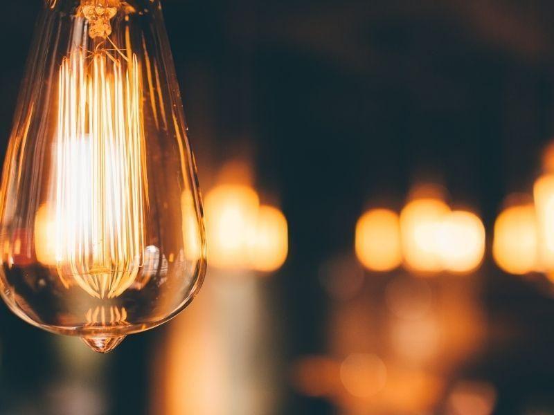 Como aproveitar as novas tecnologias economizar na conta de energia de casa?
