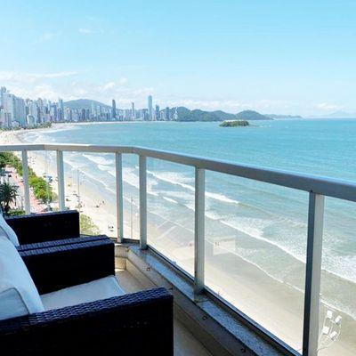 Apartamento à venda no edifício Praia do Leme em Balneário Camboriú