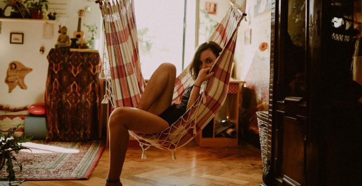 Morar sozinho: confira 6 dicas para manter a casa organizada