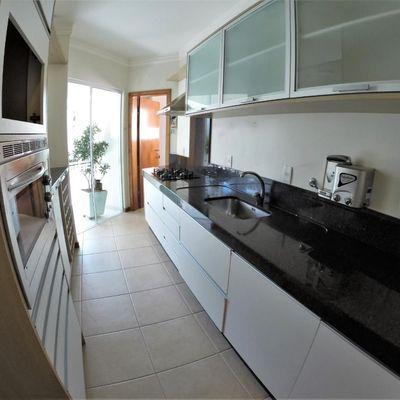 Apartamento para alugar anual no Mar Egeu