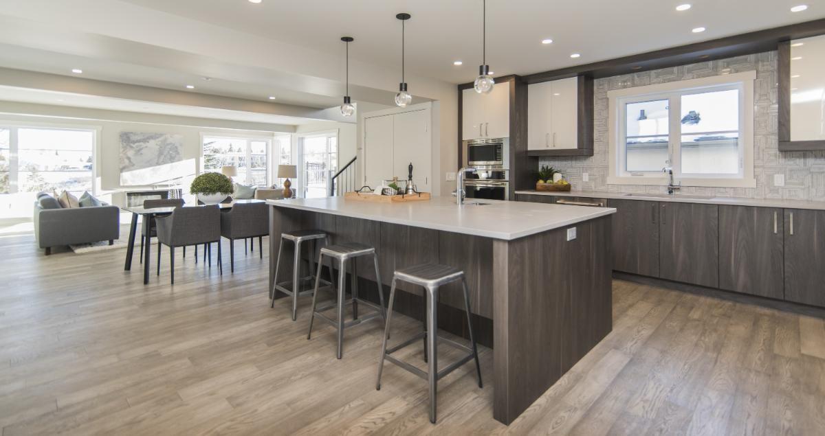 Qual a diferença do piso vinílico e laminado?