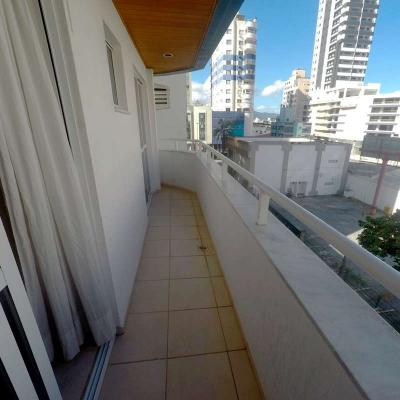 Apartamento à venda no Edifício Marlin Azul em Balneário Camboriú