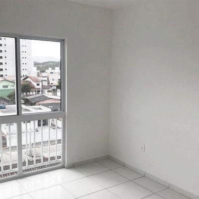 Apartamento à venda no Residencial Eliete Melo em Camboriú