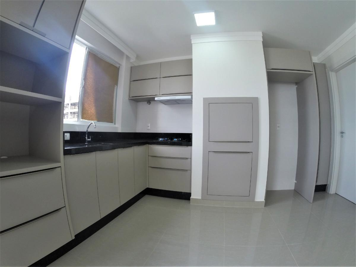 Apartamento para alugar anual no Esquina dos Açores
