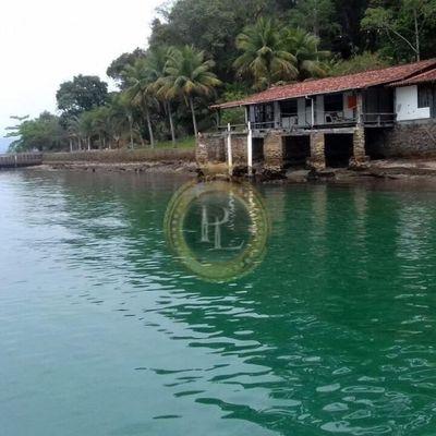 Ilha fantástica situada em Angra dos Reis, perto das principais atrações turísticas desta linda cidade.