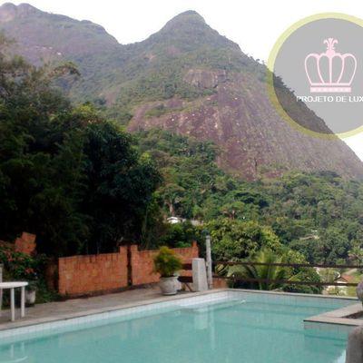 Casa de Condomínio na Barrinha com 5 Suítes