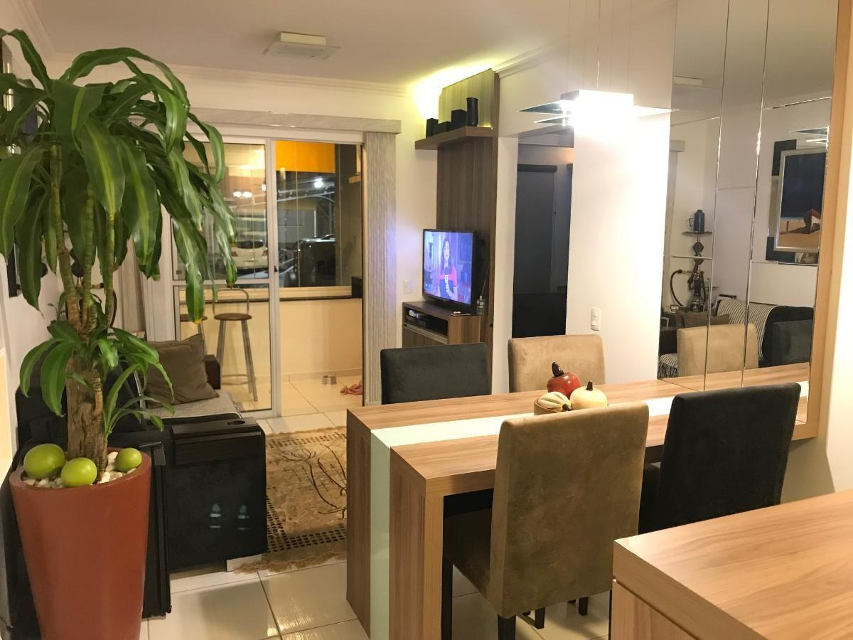 Apartamento a venda em Camboriú - 02 dormitórios - Bairro Cedro - Ed. Maria Helena