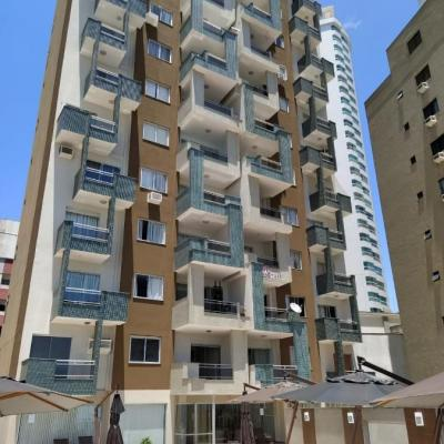 Ed. Saint Tropez - 02 dormitórios - Centro