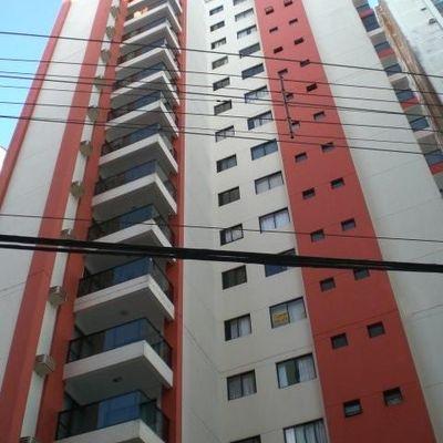 Ed. Chapelco - 03 dormitórios - quadra do mar - Locação Anual - Balneário Camboriú
