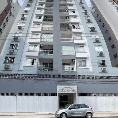 Ed. Turim - 03 Dormitórios - Quadra mar - Balneário Camboriú