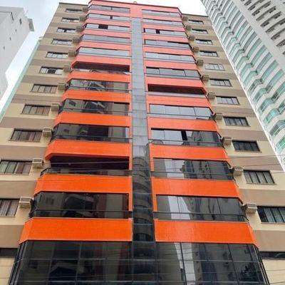 03 Dormitórios - Quadra Mar - Centro - Balneário Camboriú