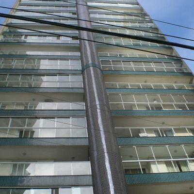 Aluguel Anual - 03 dormitórios - Balneário Camboriú - Centro