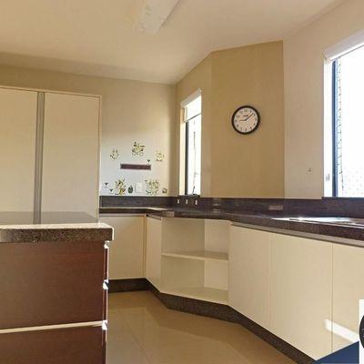 Apartamento 2 quartos sendo 1 Suíte + Vaga Privativa com Móveis Fixos de Primeira no Vorstadt BLUMENAU SC