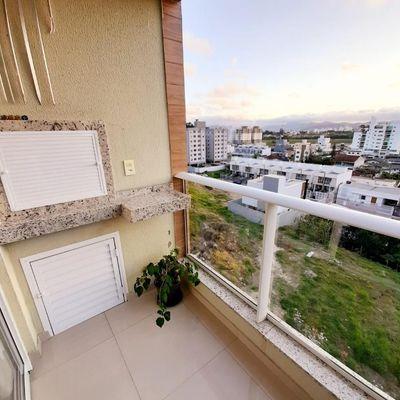 Lindo apartamento a Venda com 1 Dormitório e Vaga Privativa, sacada com Churrasqueira no bairro São Francisco de Assis
