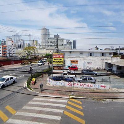 Apartamento Central à Venda, 2 Quartos + Dependência Excelente Área Comercial em Balneário Camboriú