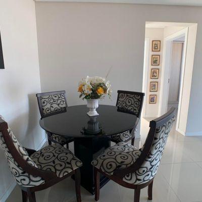 Rio Jordão - Apartamento Mobiliado a Venda com 2 Quartos sendo 1 Suíte e 1 Vaga Privativa de Garagem em Balneário Camboriú SC
