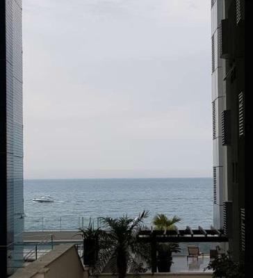 Apartamento Lateral Mar com 3 Quartos, Vaga Privativa, Churrasqueira na Sacada com Vista Mar Barra Sul de Balneário Camboriú