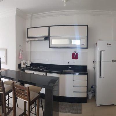 Apartamento Pronto para morar com 2 quartos sendo 1 suíte e vaga privativa a 12 minutos de Balneário Camboriú SC