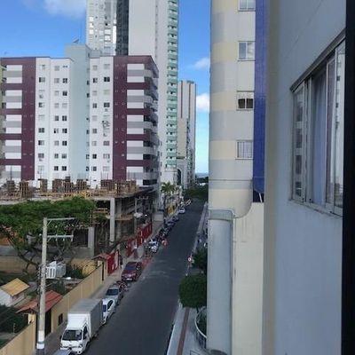 Apartamento Mobiliado 2 Quartos a 5 minutos da praia de BC região central vaga Numerada