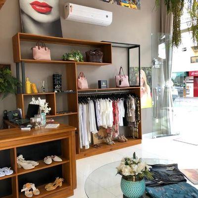 Boutique Feminina com Estoque em Balneário Camboriú À Venda na Av. dos Estados