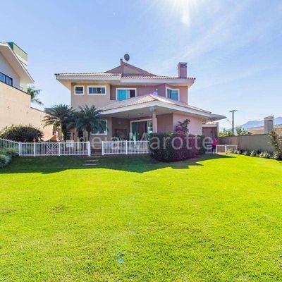 Casa Jaraguá Esquerdo Jaraguá do Sul com gramado