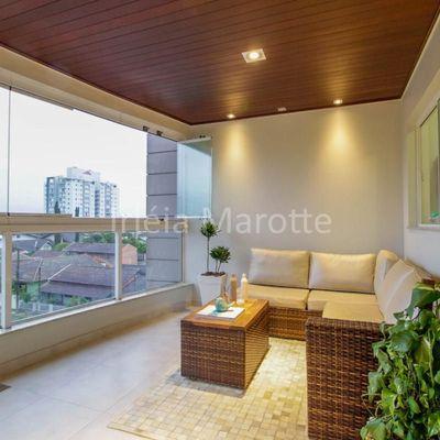 Residencial Pássaros e Flores Apartamento com 3 Quartos com Linda Sacada