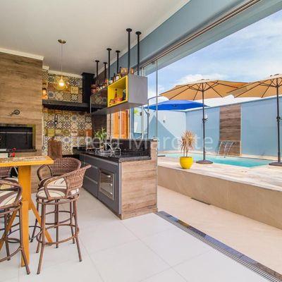 Casa com 3 Quartos Piscina e Gramado em Jaraguá do Sul no Rau à venda