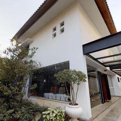 Casa com 5 dormitórios no bairro Planalto Paulista