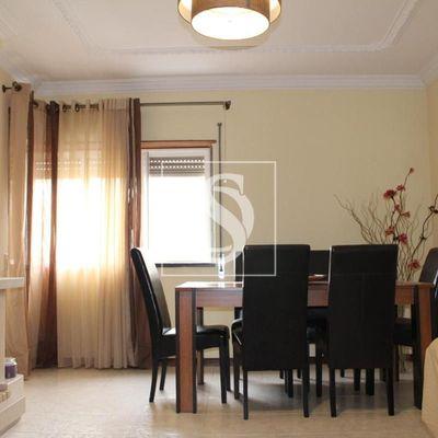 LISBOA- OEIRAS - PORTUGAL - T3 - Apartamento 3 quartos garagem