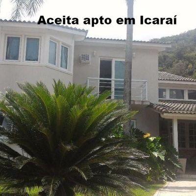 Aceita apto em Icaraí como parte de pagamento - Linda casa Itaipu condomínio 5 quartos 4 suites lazer