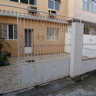 RARIDADE - Excelente casa em vila com 2 quartos na Ponta D'Areia
