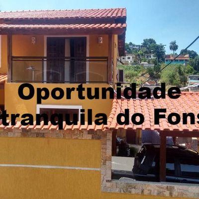 Excelente casa duplex em rua tranquila no Fonseca
