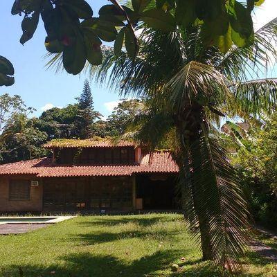 Casa linear Itaipu terreno amplo com piscina