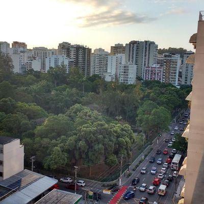 Icaraí apt 1ª locação 3 quartos suite 2 vagas próximo Campo São Bento