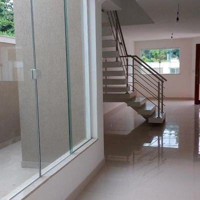 Linda casa Camboinhas 1ª locação 4 quartos 3 suites lazer completo