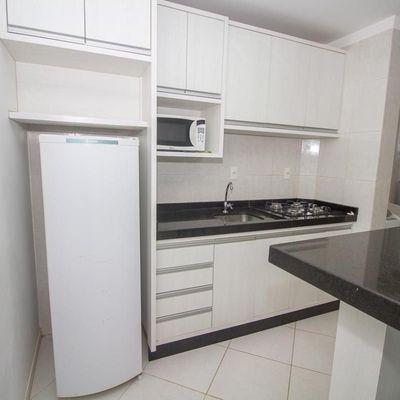 Apto com 2 dormitórios na praia de Bombas Bombinhas SC