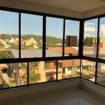 Cobertura Duplex a venda com 3 suítes 2 vagas de garagem em Bombas Bombinhas SC