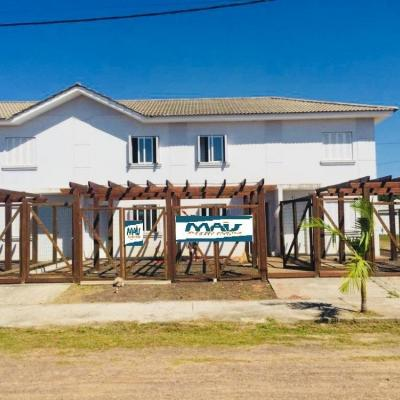 Sobrado para Venda em Arroio do Sal, Centro, 2 dormitórios, 1 banheiro, 1 vaga