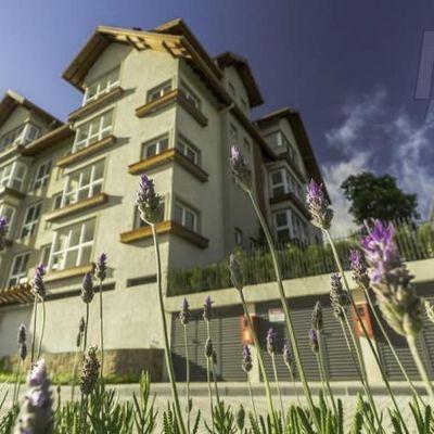 Apartamento para Venda em Gramado, Carazal, 2 dormitórios, 1 suíte, 2 banheiros, 2 vagas