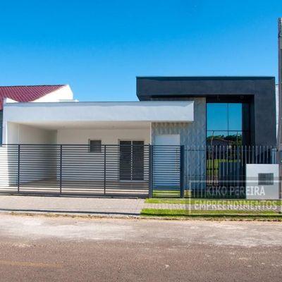 Casa para Venda em Campo Bom, Centro, 2 dormitórios, 1 suíte, 2 banheiros, 2 vagas