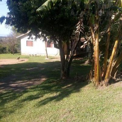 Chácara para Venda em Taquara, 2 dormitórios, 1 banheiro