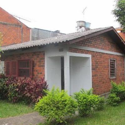 casa para locação no bairro São Jorge em Novo Hamburgo - esquina com Av. Victor Hugo Kunz
