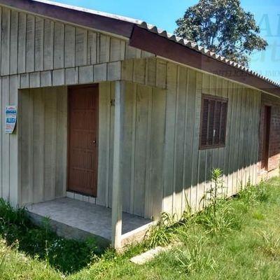 Casa para Locação em Novo Hamburgo, São Jorge, 2 dormitórios, 1 banheiro