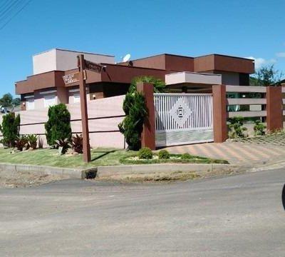 Excelente casa  em Gramado