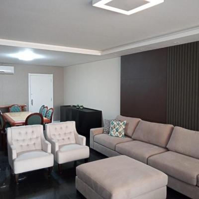 Apartamento no Edifício Diplomata - Frente Mar