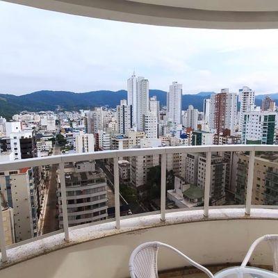 Apartamento no Edifício Piazza Victoria em Balneário Camboriú